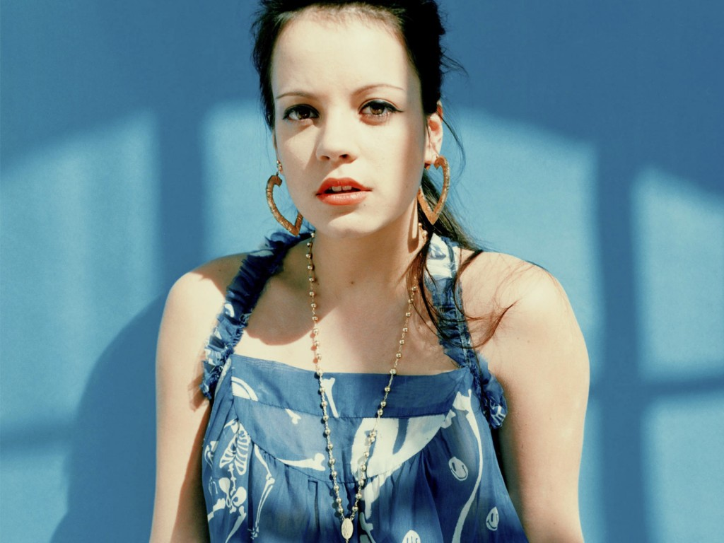 lily-allen-32932-33686-hd-wallpapers