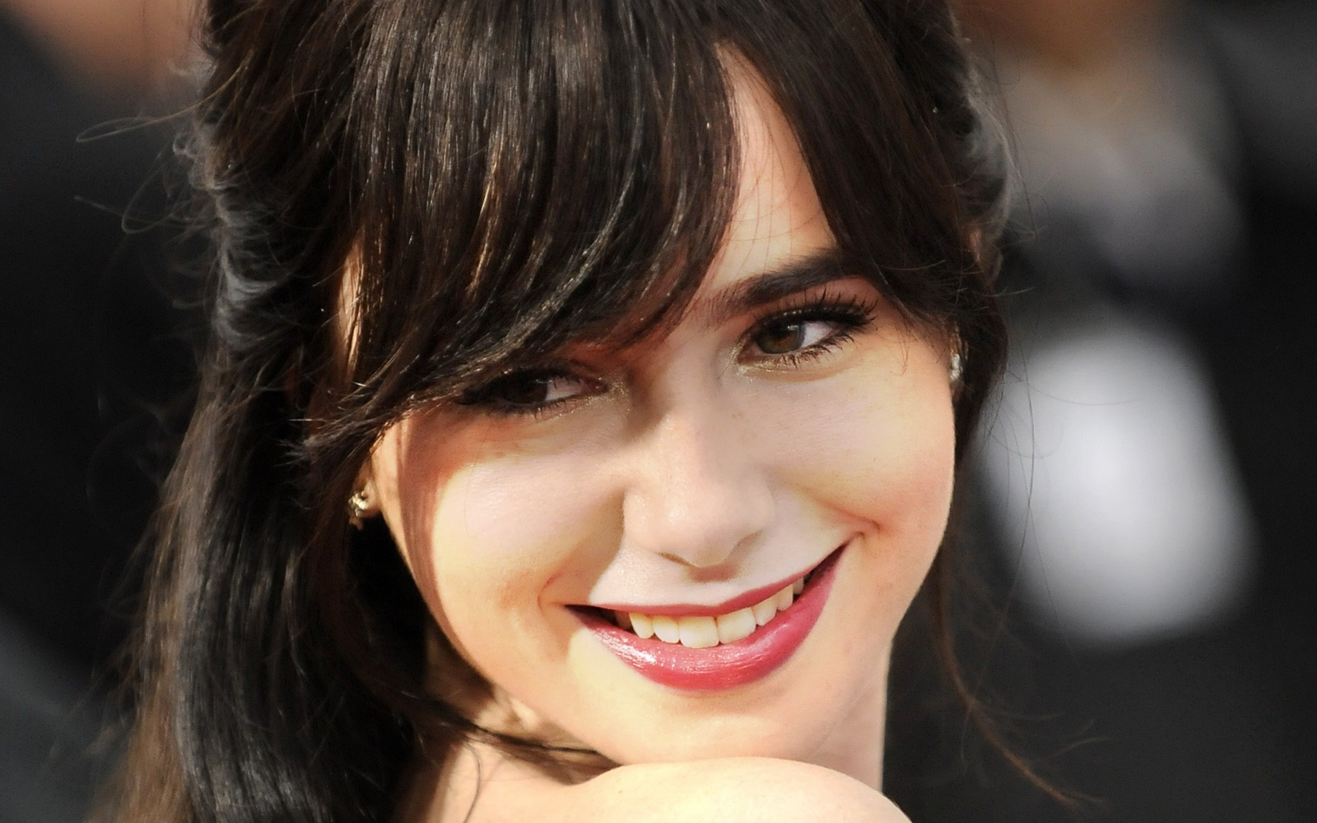 lily collins hd - photo #27