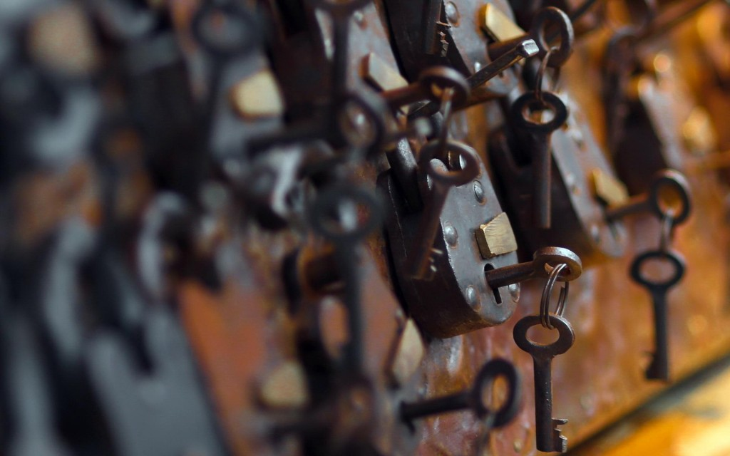 lock-and-key-wallpaper-49165-50827-hd-wallpapers