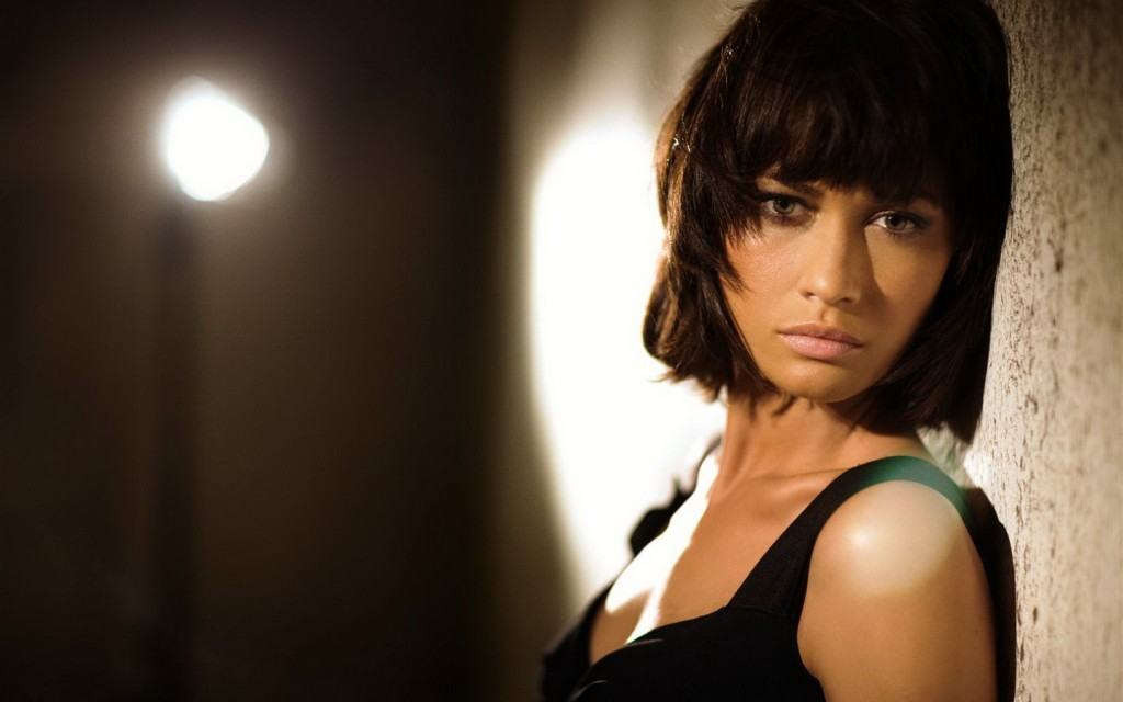 olga-kurylenko-12026-12409-hd-wallpapers