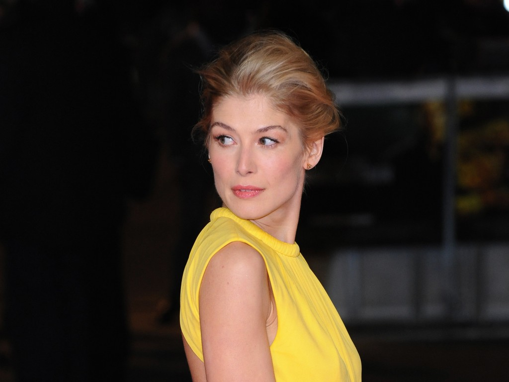 rosamund pike pictures wallpapers