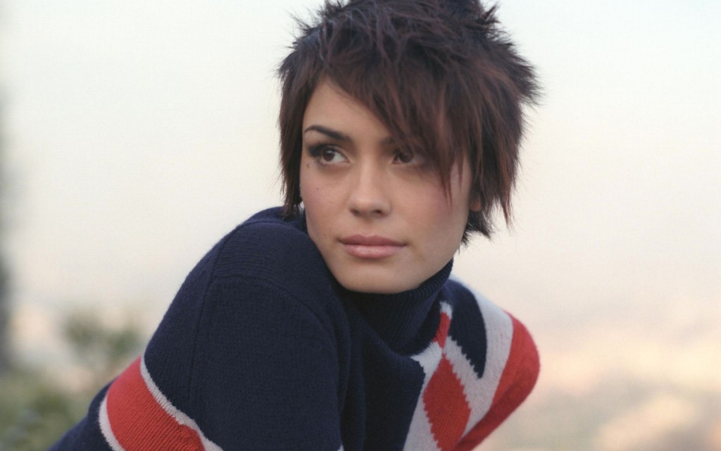 shannyn-sossamon-39213-40116-hd-wallpapers