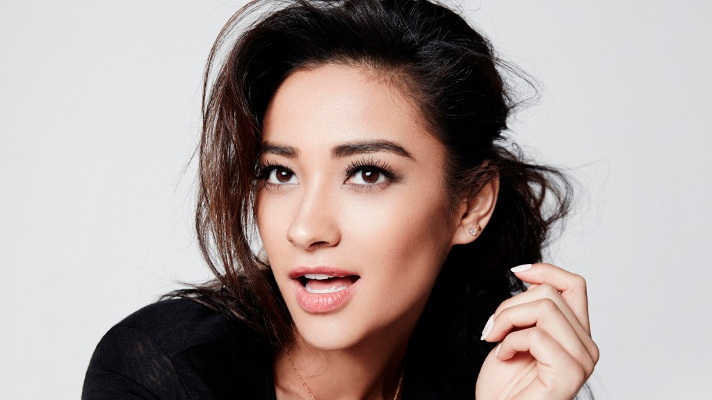 shay mitchell face wallpapers