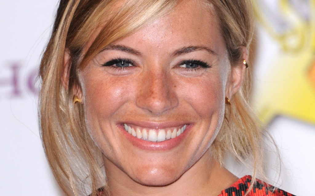 sienna miller smile computer wallpapers
