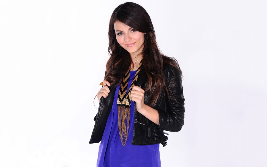 victoria-justice-wallpaper-43116-44145-hd-wallpapers