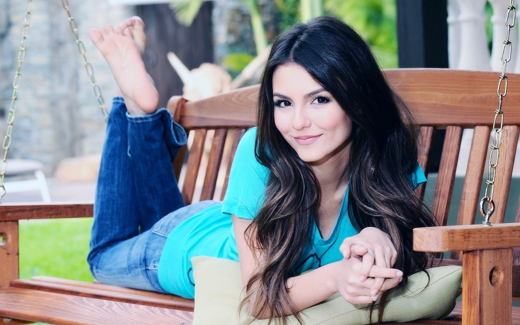 victoria justice wallpaper pictures wallpapers