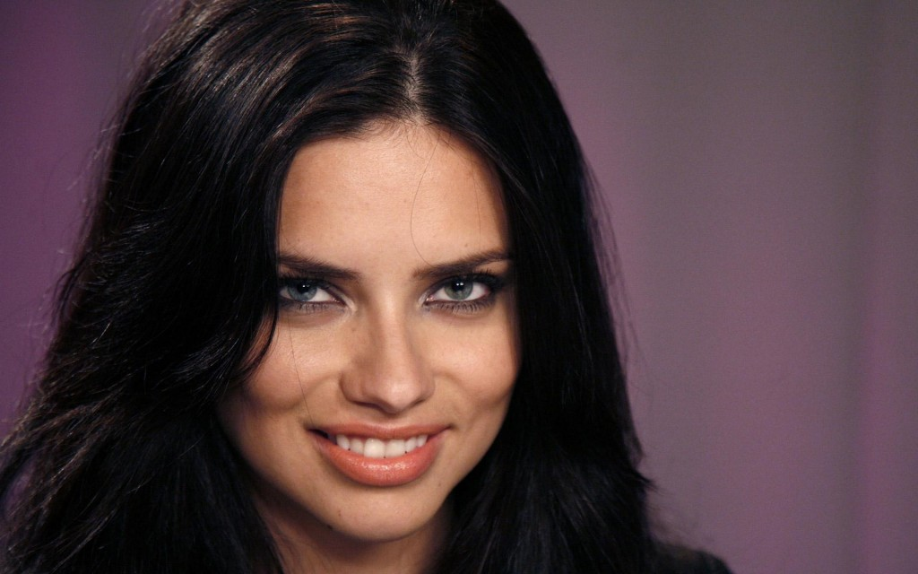adriana lima smile celebrity wallpapers