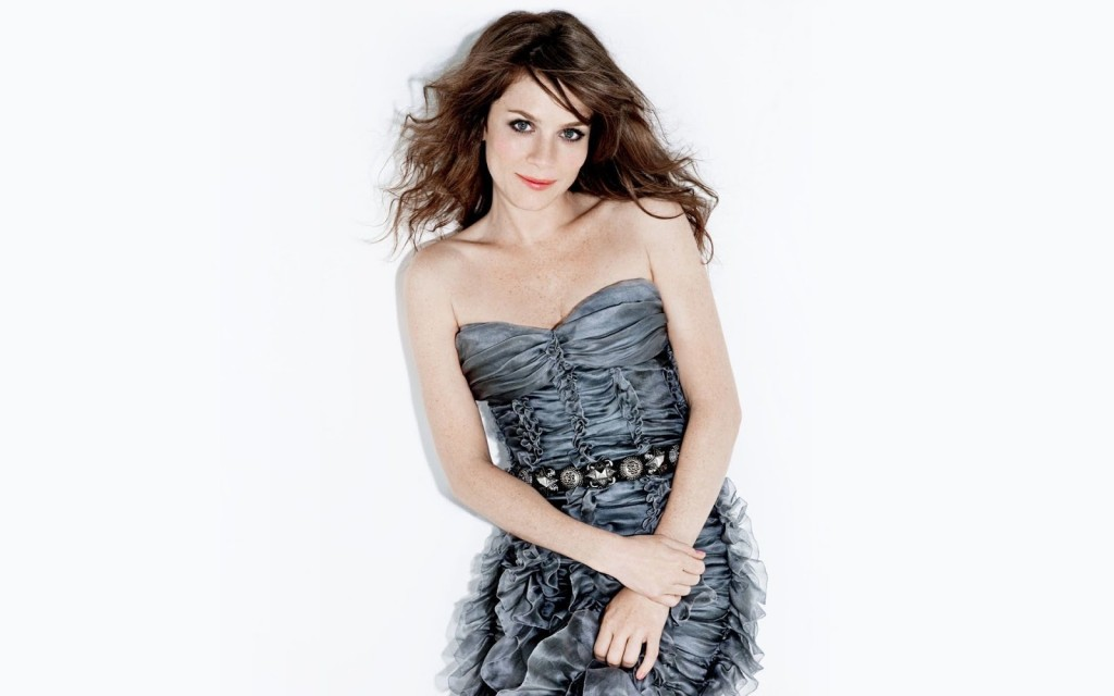 anna friel computer wallpapers