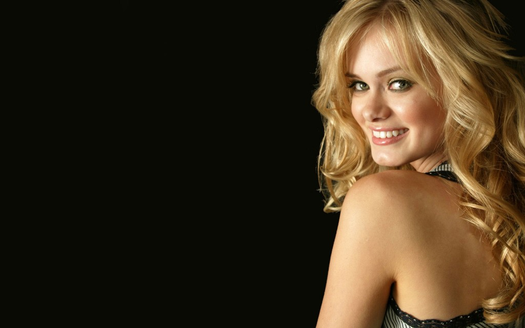 beautiful sara paxton wallpapers