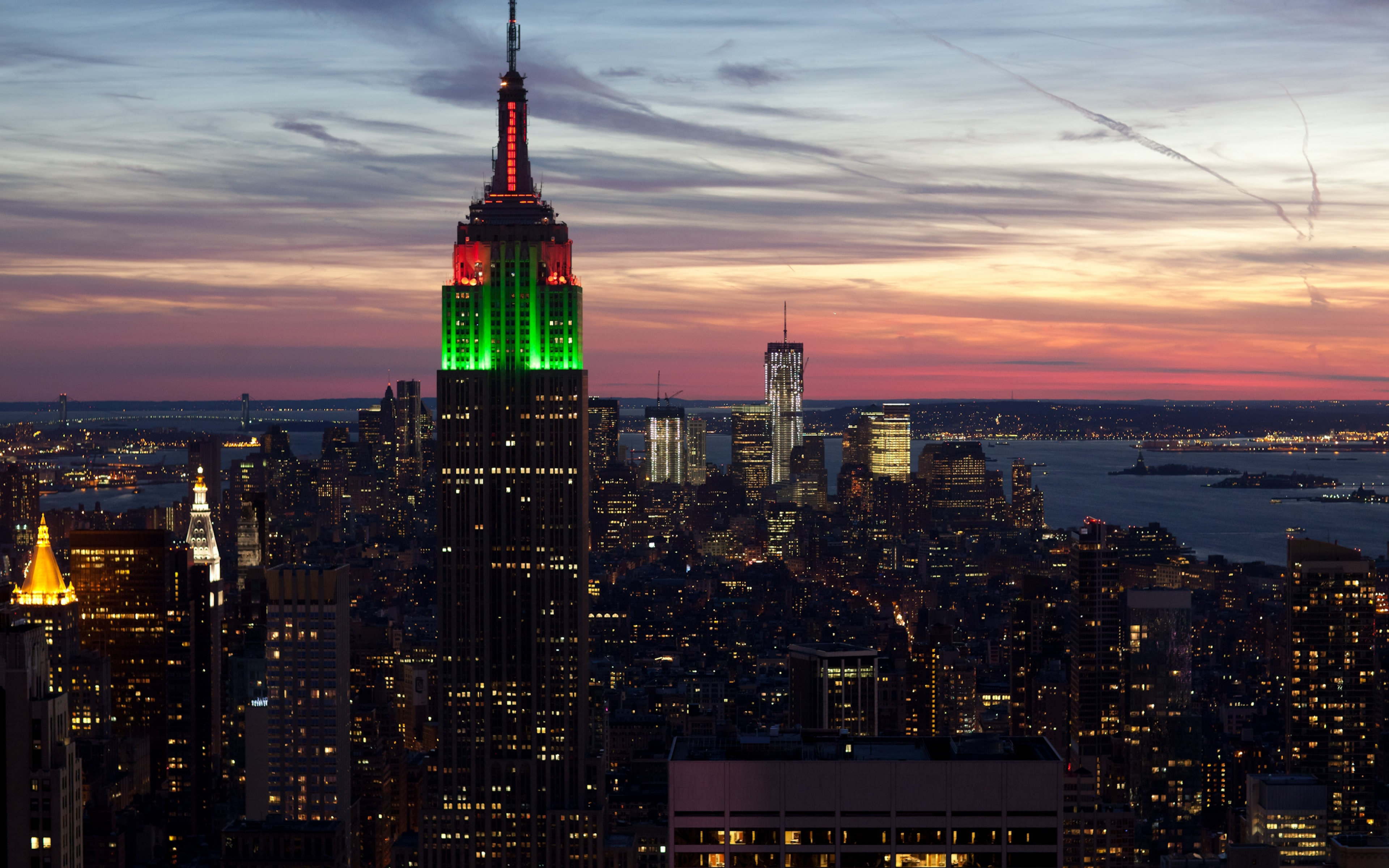 The Empire State Building - NYCTourist.com