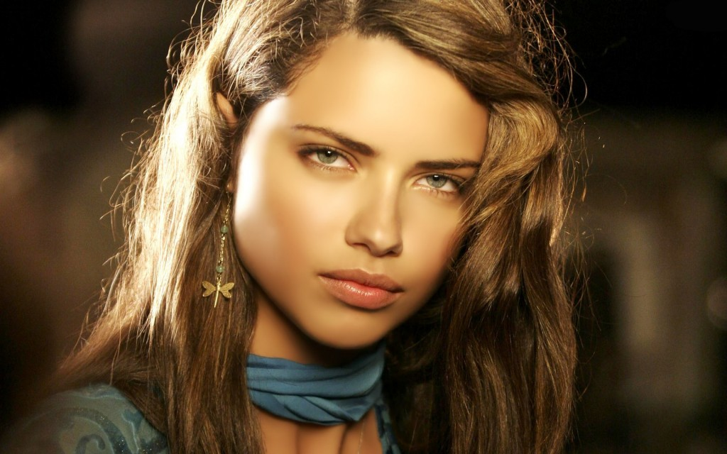 free adriana lima wallpapers