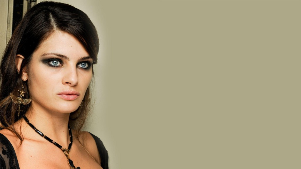 isabeli fontana blue eyes wallpapers
