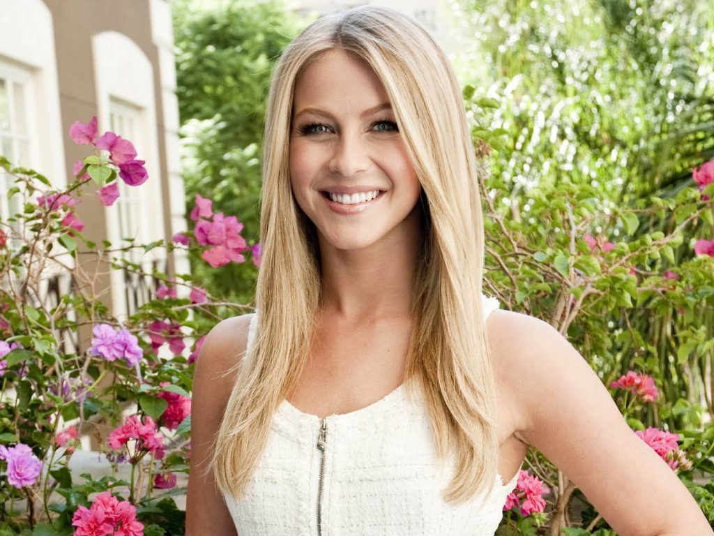 julianne hough smile pictures wallpapers