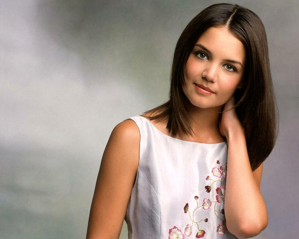 katie-holmes-20465-20978-hd-wallpapers