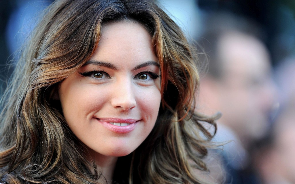 kelly brook celebrity face wallpapers