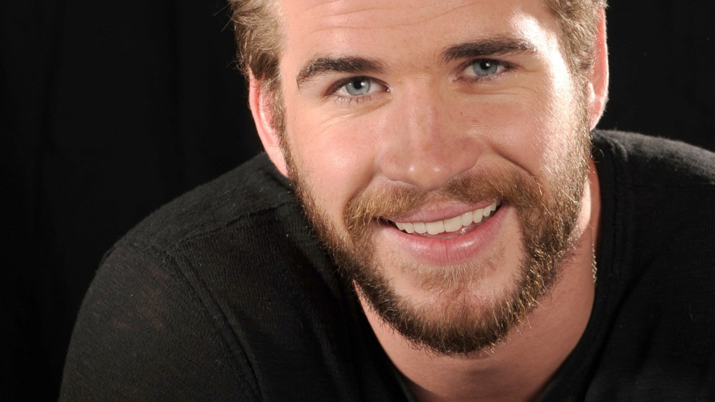 liam hemsworth smile wallpapers