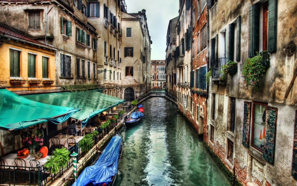 lovely canal wallpapers