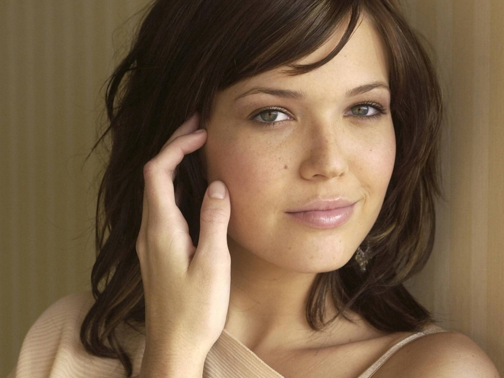 mandy moore computer wallpapers