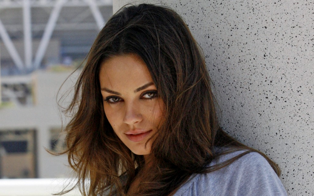 mila kunis photos wallpapers