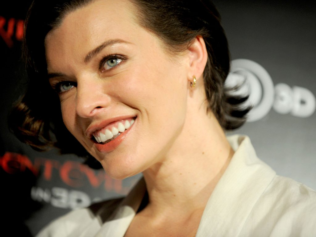 milla jovovich celebrity wallpapers