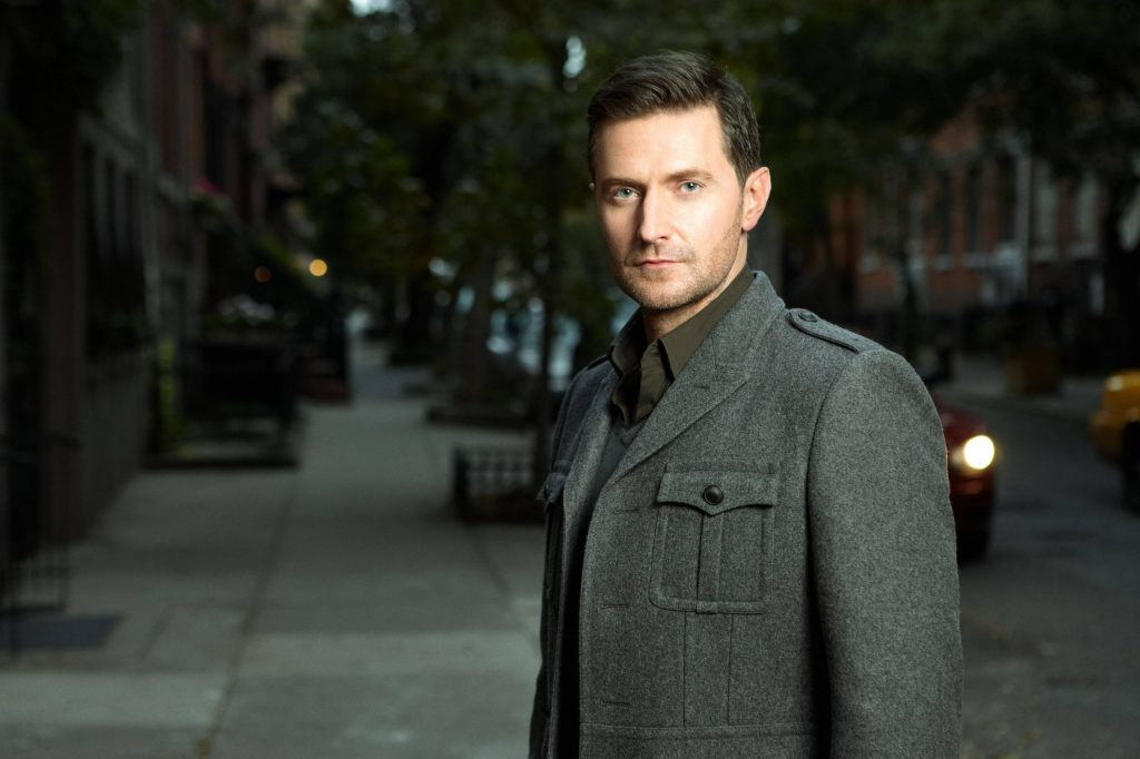 richard armitage-celebrity-wallpaper-51955-53661-hd-wallpapers