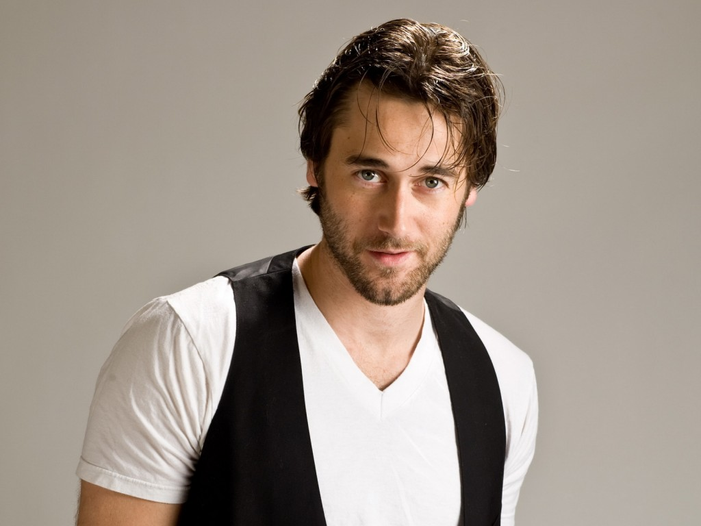 Ryan Eggold Wallpapers