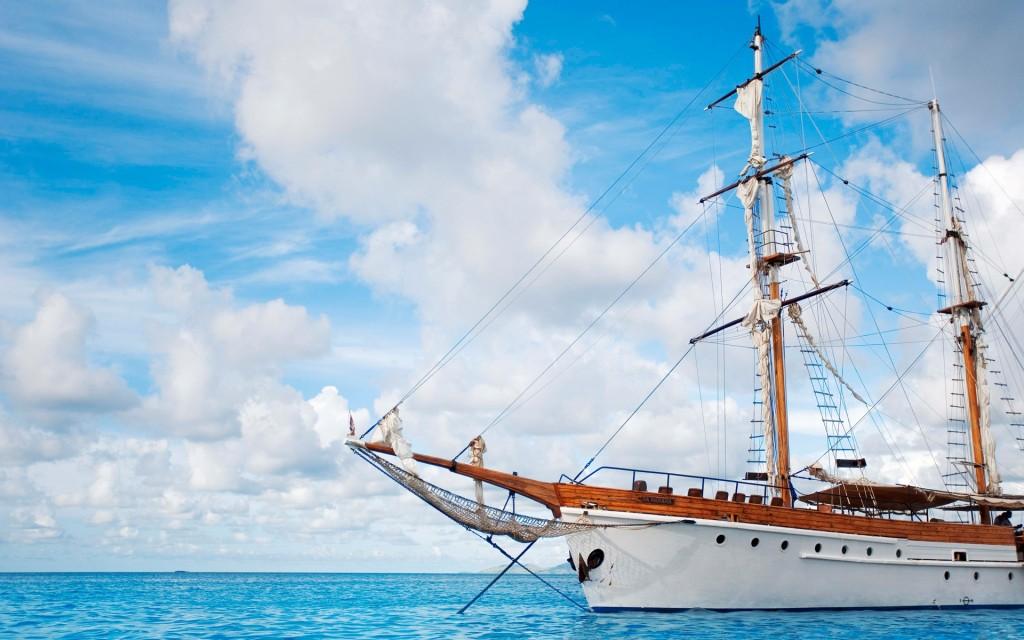 sailboat desktop wallpapers