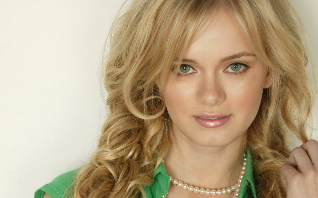 sara paxton wallpapers