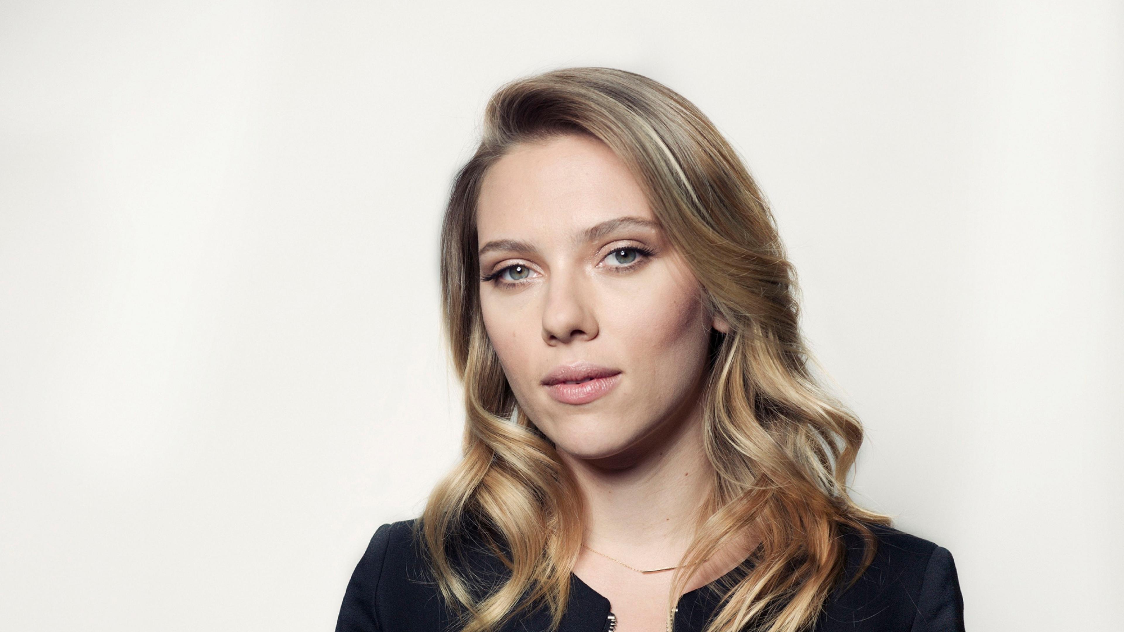 27 Gorgeous HD Scarlett Johansson Wallpapers