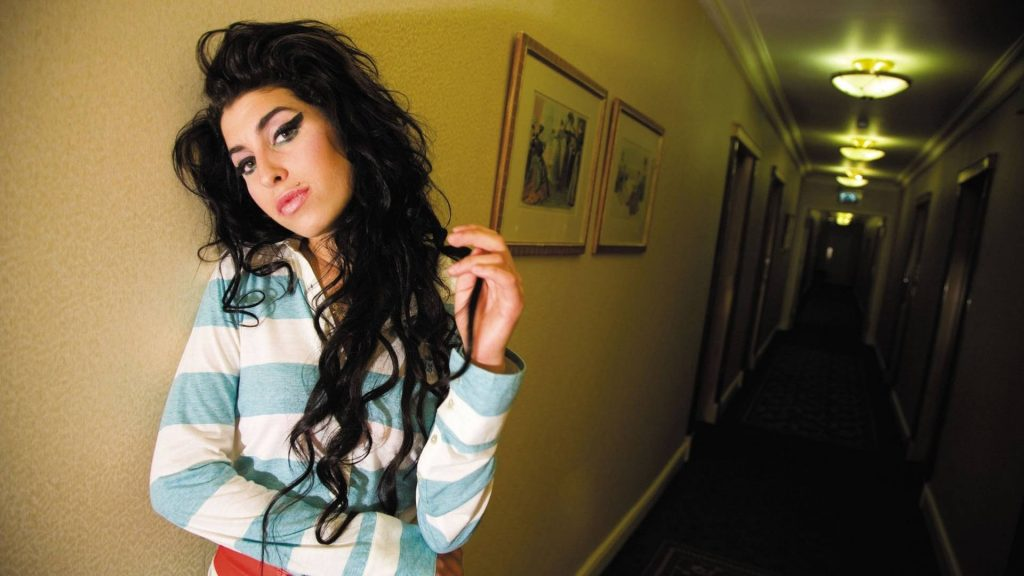 12 hd amy winehouse wallpapers