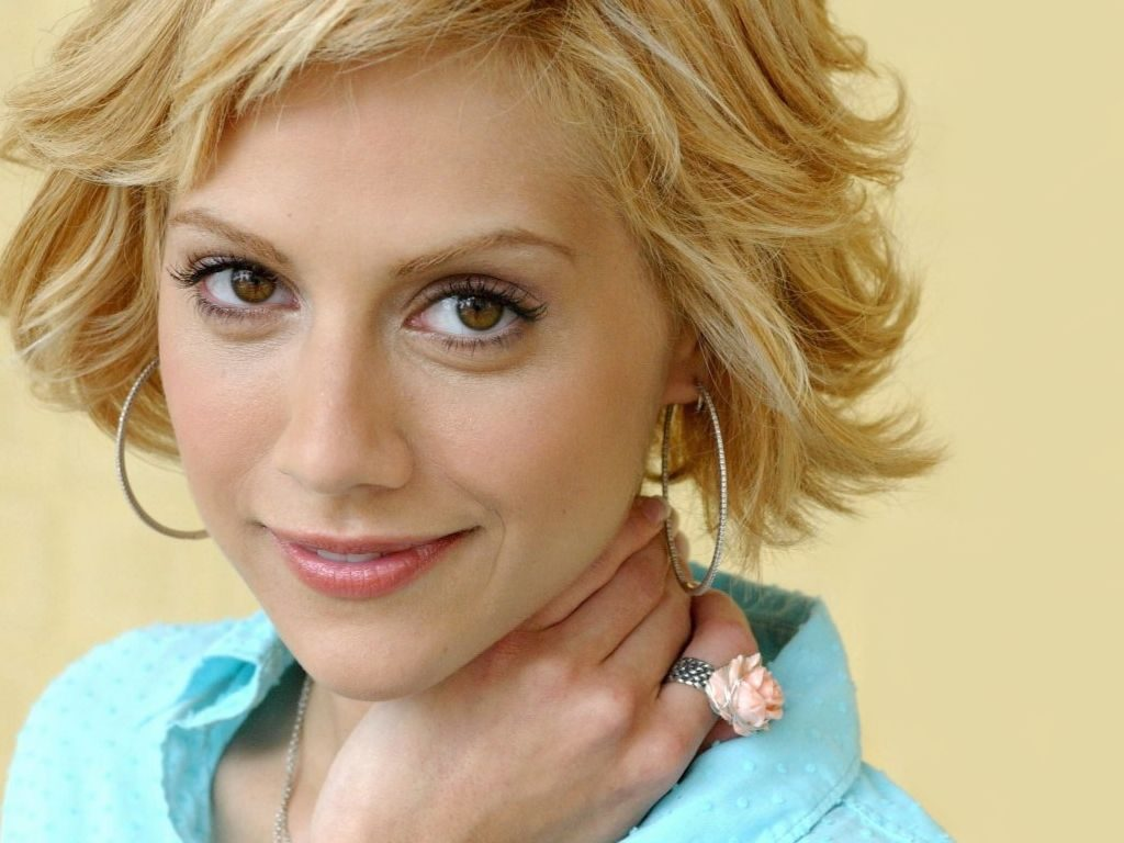 beautiful brittany murphy wallpapers