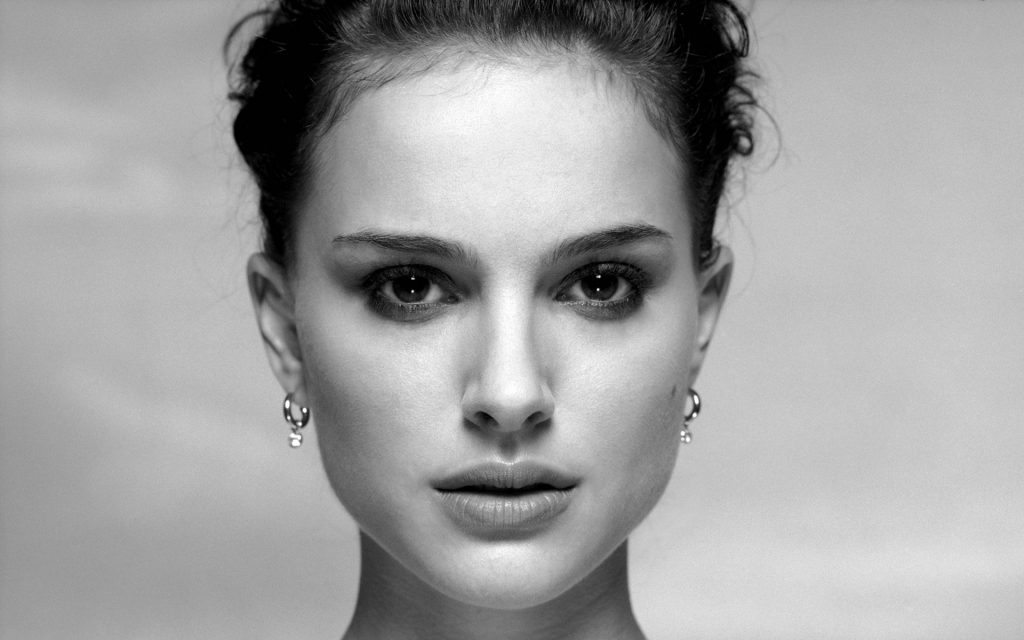 beautiful-natalie-portman-39936-40865-hd-wallpapers