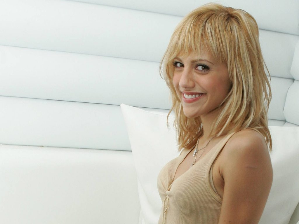 brittany murphy smile wallpapers