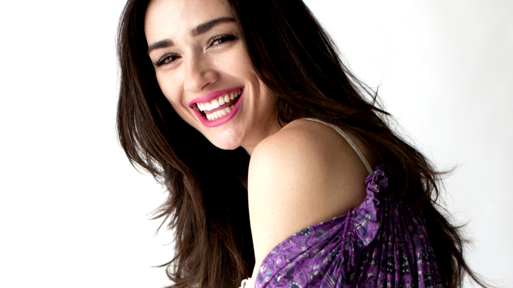 crystal reed smile wallpapers