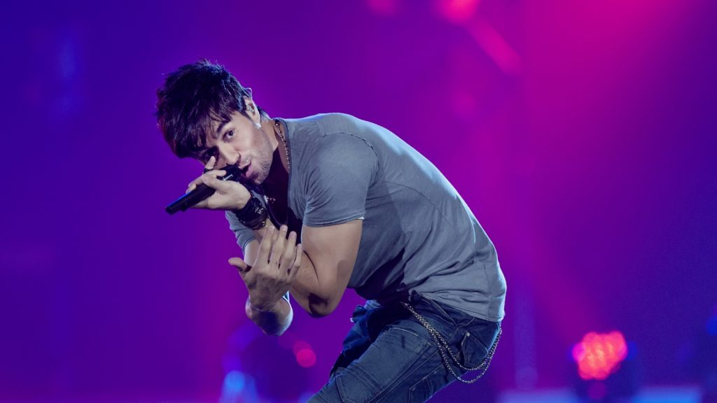 enrique iglesias singer wallpapers