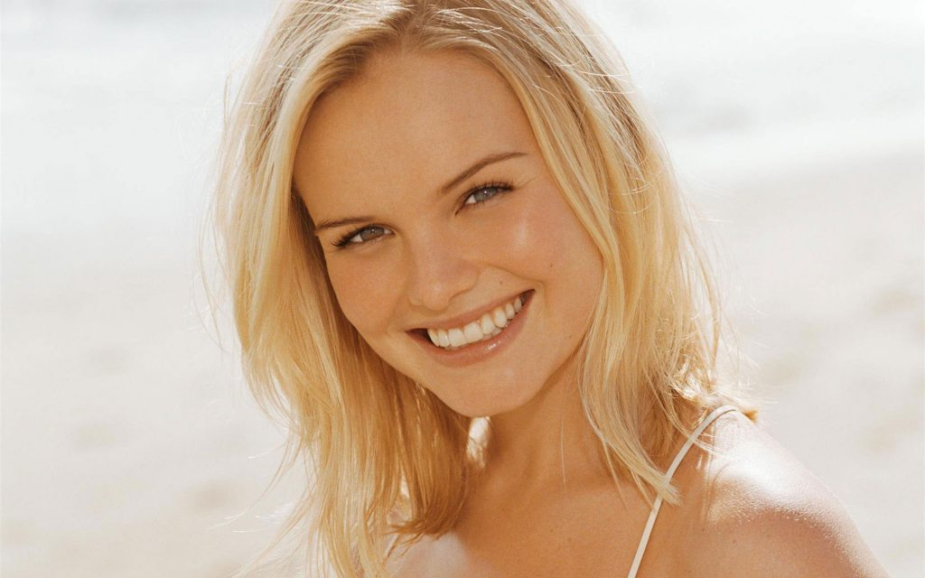 kate bosworth smile -wallpapers