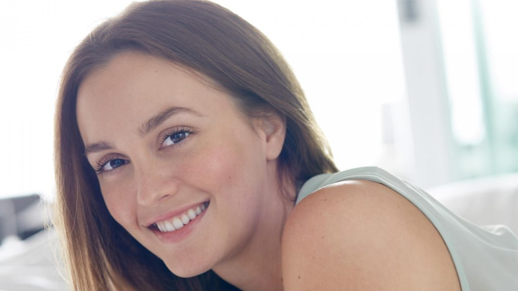 leighton meester smile wallpapers