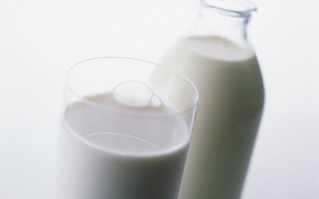 milk-39114-40011-hd-wallpapers