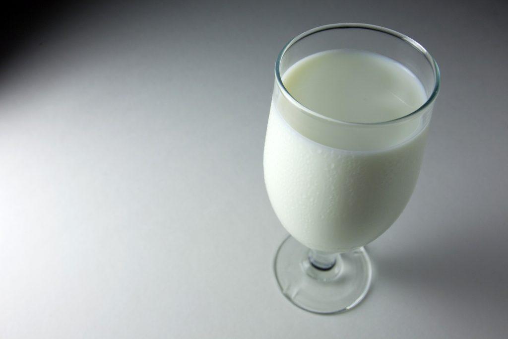 milk glass wide wallpapers