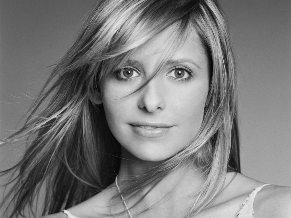 monochrome sarah michelle gellar wallpapers