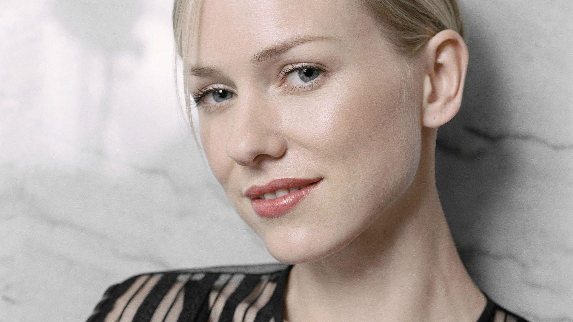 beautiful naomi watts wallpaper - photo #13