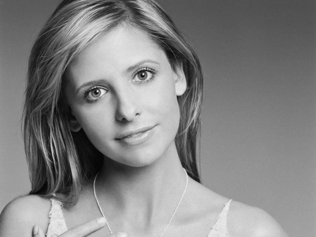 sarah gellar wallpapers