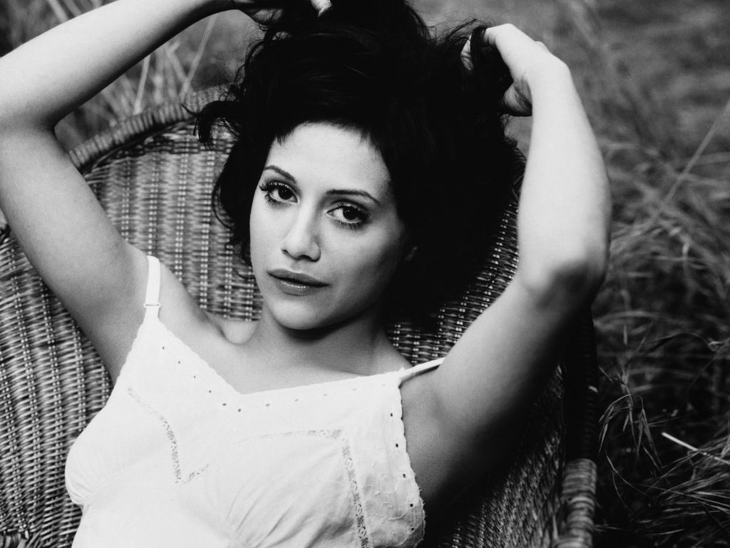 vintage brittany murphy wallpapers