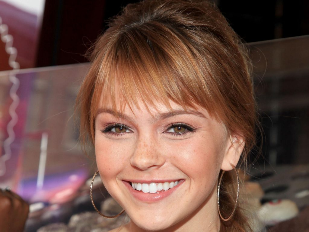 aimee teegarden smile hd wallpapers