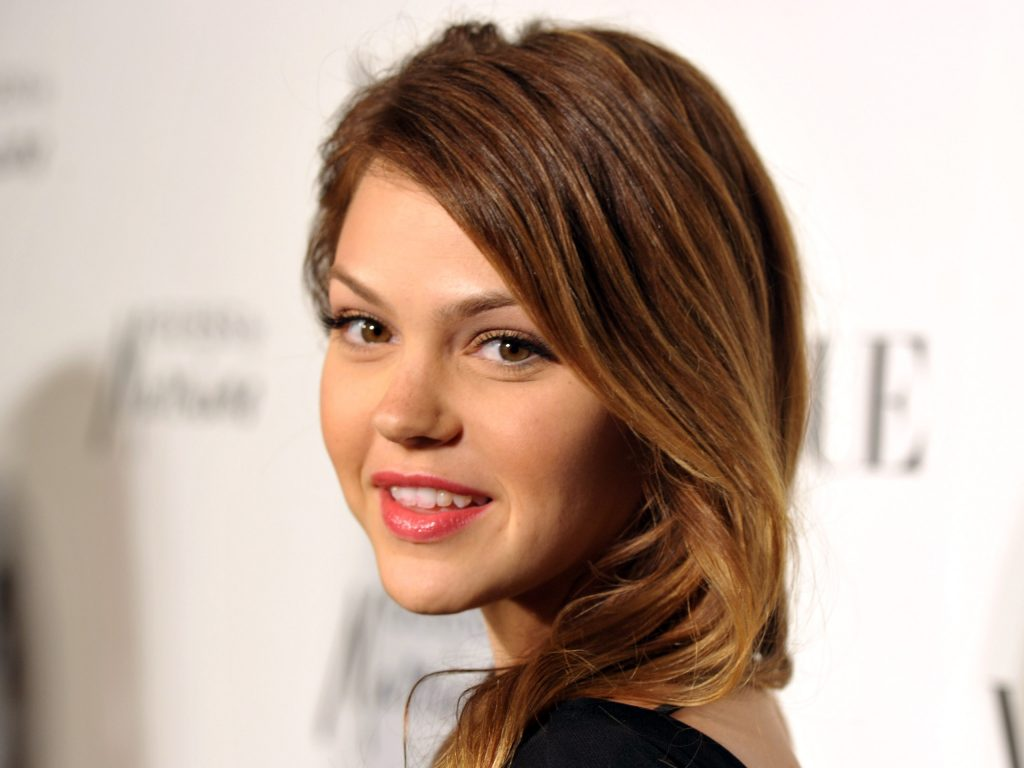 aimee teegarden smile photos wallpapers