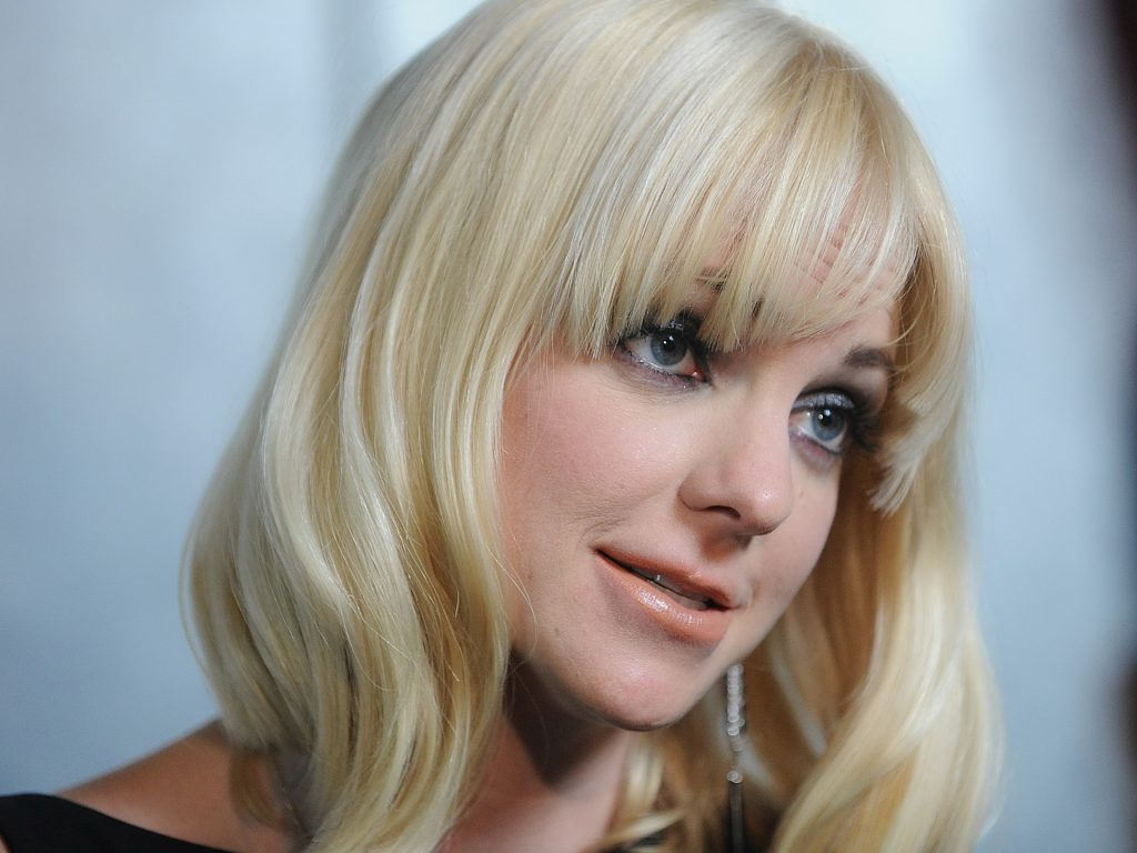 anna faris celebrity wallpapers