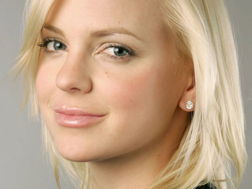anna faris face computer wallpapers