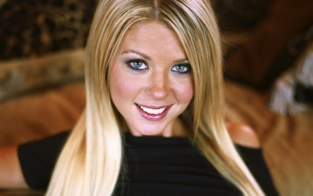 beautiful tara reid wallpapers