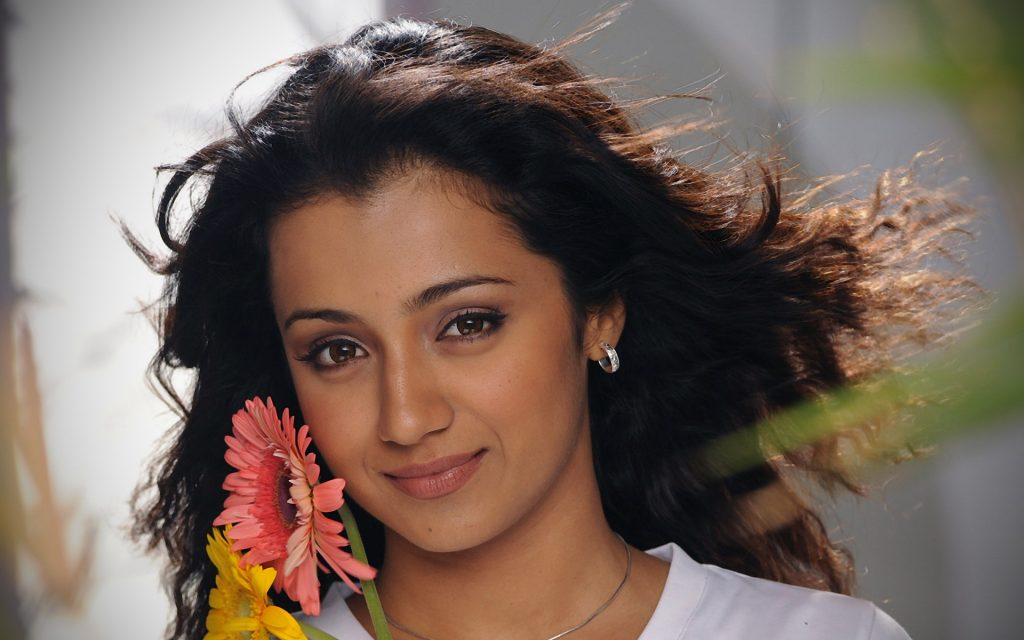 free trisha krishnan wallpapers