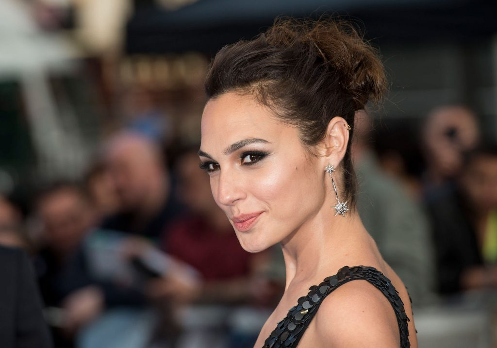gal gadot celebrity wallpapers